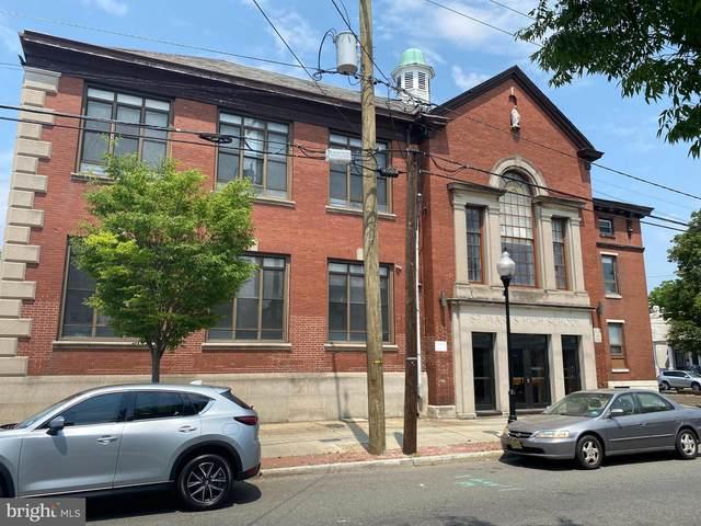 1 S Burlington Street, GLOUCESTER CITY, NJ 08030 (#NJCD421462) :: LoCoMusings