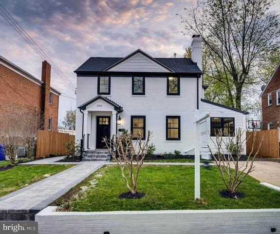 2226 N Columbus Street, ARLINGTON, VA 22207 (#VAAR182844) :: Eng Garcia Properties, LLC