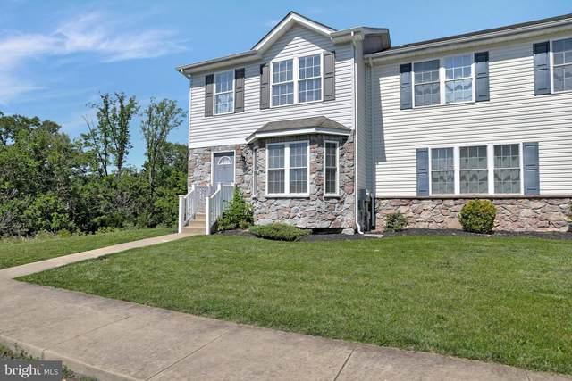 33 Roca #6, MARTINSBURG, WV 25401 (#WVBE186586) :: Blackwell Real Estate