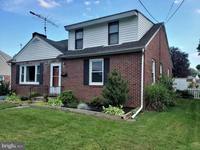 2008 Manor Ridge Drive, LANCASTER, PA 17603 (#PALA183528) :: Iron Valley Real Estate