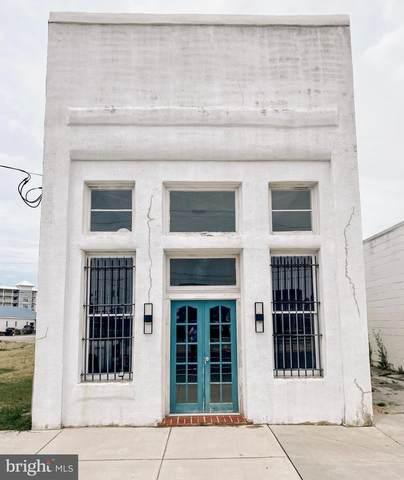 916 W Main Street, CRISFIELD, MD 21817 (#MDSO104952) :: Erik Hoferer & Associates