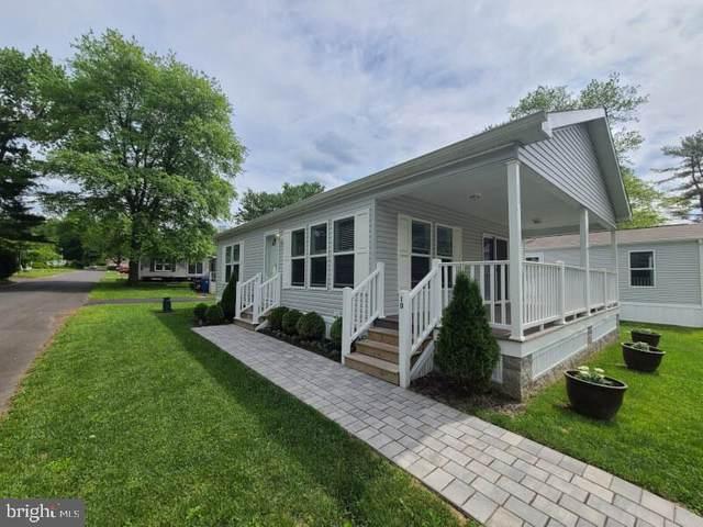 10 E Circle Drive, DOYLESTOWN, PA 18901 (#PABU529568) :: Linda Dale Real Estate Experts