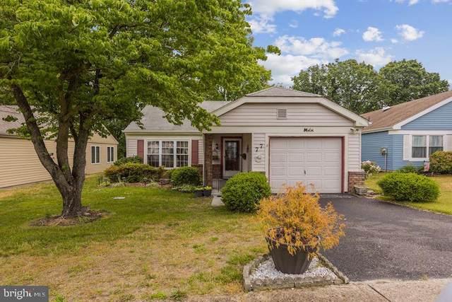 77 Buckingham Drive, SOUTHAMPTON, NJ 08088 (#NJBL399452) :: Rowack Real Estate Team