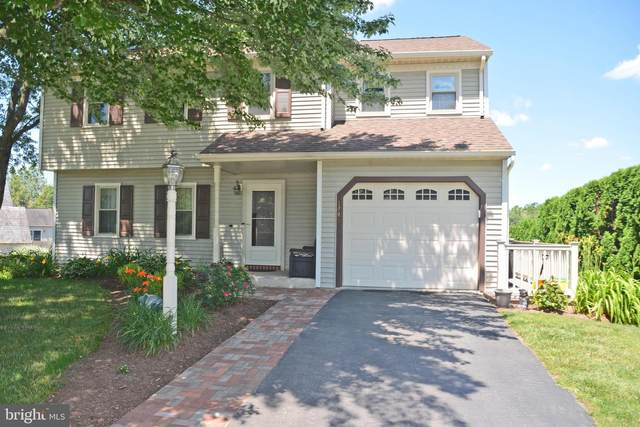 1749 Wilderness Road, LANCASTER, PA 17603 (#PALA183532) :: The Team Sordelet Realty Group