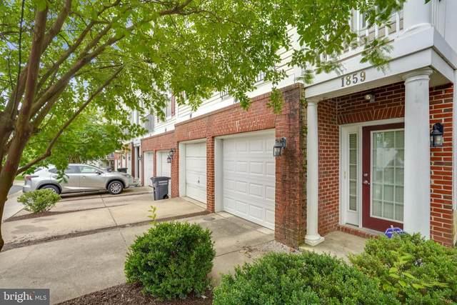1859 Cedar Cove Way #101, WOODBRIDGE, VA 22191 (#VAPW524934) :: Debbie Dogrul Associates - Long and Foster Real Estate