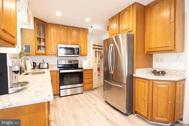 5857 Monticello Road, ALEXANDRIA, VA 22303 (#VAFX1207278) :: Dart Homes