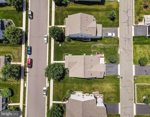 15513 Ann Arden Avenue, WOODBRIDGE, VA 22193 (#VAPW524976) :: Jennifer Mack Properties