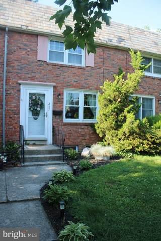 257 W Baltimore Street, CARLISLE, PA 17013 (#PACB135772) :: Flinchbaugh & Associates
