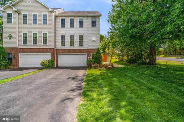 10841 Second Street, FAIRFAX, VA 22030 (#VAFC121628) :: The Piano Home Group