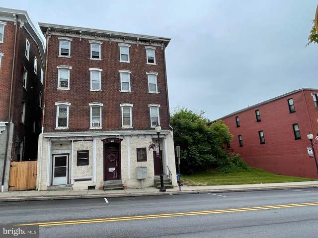 208 Main Street, ROYERSFORD, PA 19468 (#PAMC696528) :: Potomac Prestige