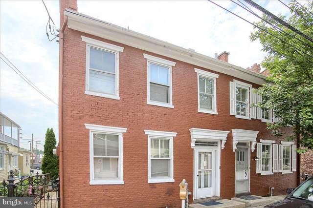 139 S Pitt Street, CARLISLE, PA 17013 (#PACB135888) :: The Joy Daniels Real Estate Group