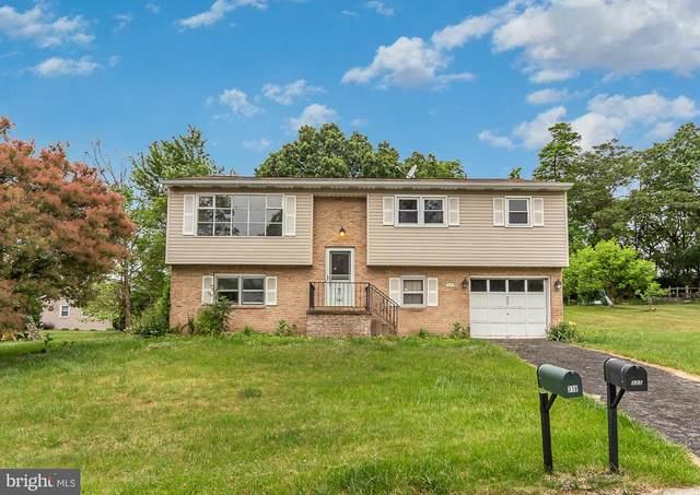 323 Lafayette Drive, NEW CUMBERLAND, PA 17070 (#PAYK160224) :: Flinchbaugh & Associates