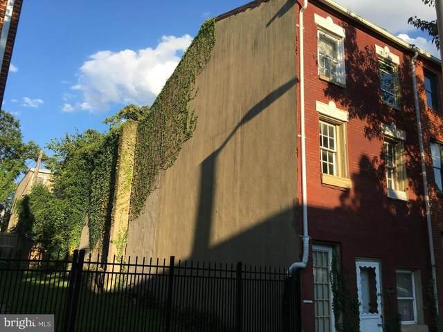 111 S Poppleton Street, BALTIMORE, MD 21201 (#MDBA554834) :: Sunrise Home Sales Team of Mackintosh Inc Realtors