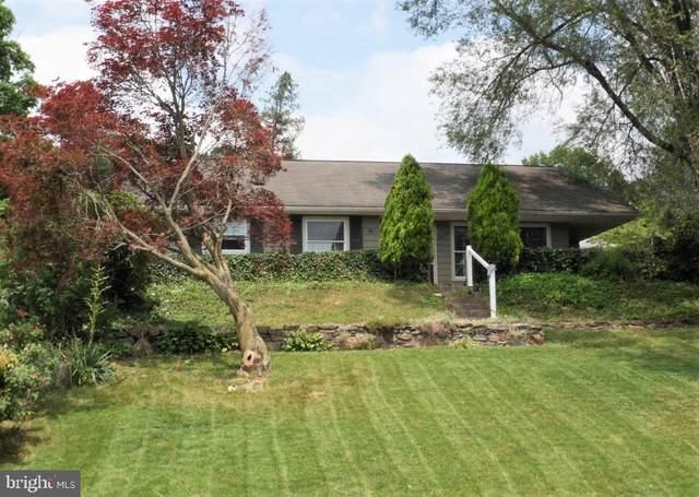 324 Holiday Lane, LEWISTOWN, PA 17044 (#PAMF100642) :: Colgan Real Estate