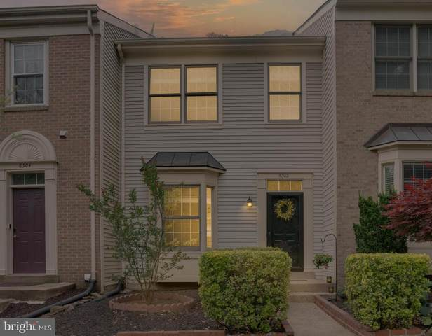 6302 Spence Place, CENTREVILLE, VA 20121 (#VAFX1208854) :: The Mike Coleman Team
