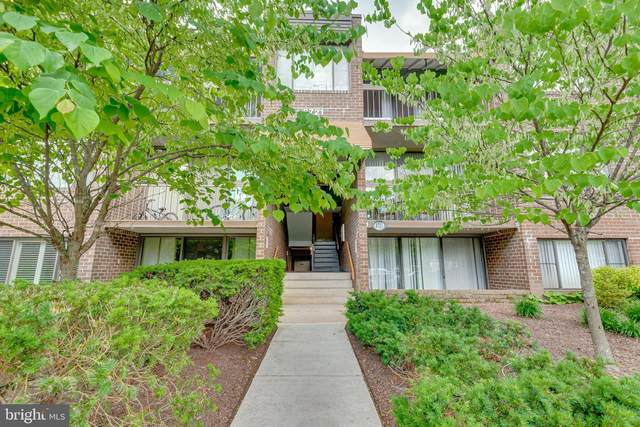 8721 Hayshed Lane #32, COLUMBIA, MD 21045 (#MDHW296274) :: Corner House Realty