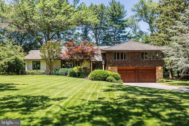 1106 Country Club Dr, LANCASTER, PA 17601 (#PALA183988) :: The Heather Neidlinger Team With Berkshire Hathaway HomeServices Homesale Realty
