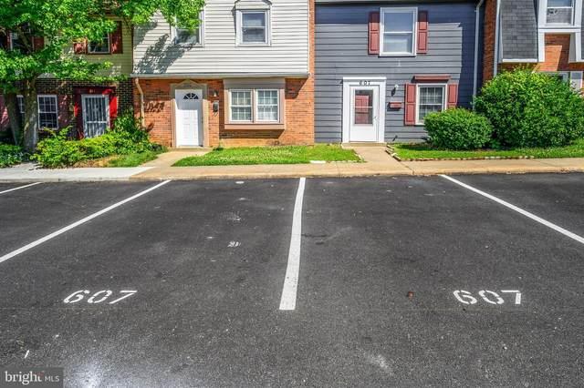 607 Denton Circle, FREDERICKSBURG, VA 22401 (#VAFB119280) :: Crews Real Estate