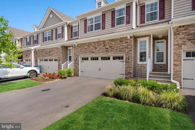 30 Periwinkle Drive, MONROE TOWNSHIP, NJ 08831 (#NJMX126948) :: Linda Dale Real Estate Experts