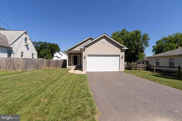 111 Hamilton Street, FREDERICKSBURG, VA 22408 (#VASP232512) :: Colgan Real Estate