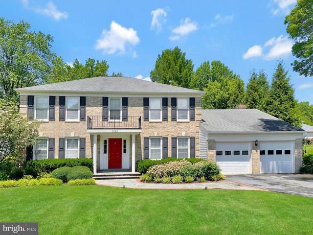 5023 Oakcrest Drive, FAIRFAX, VA 22030 (#VAFX1209522) :: The Piano Home Group