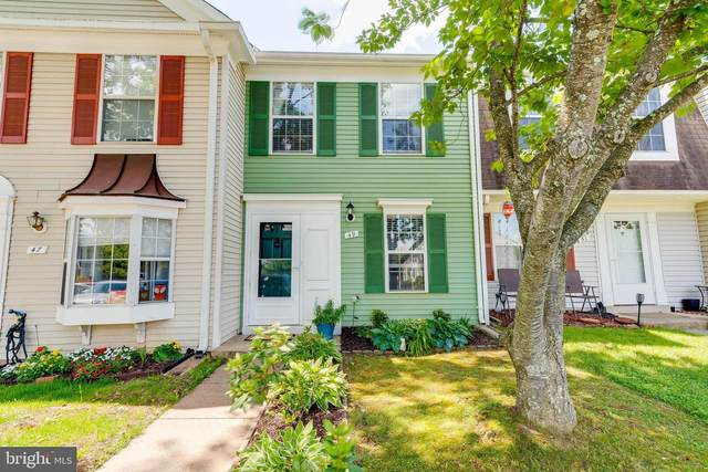 49 Quincy Court, STERLING, VA 20165 (#VALO441706) :: The Lutkins Group
