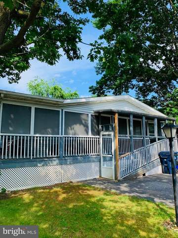 102 Meadowview Court, SHIPPENSBURG, PA 17257 (#PACB136104) :: CENTURY 21 Home Advisors