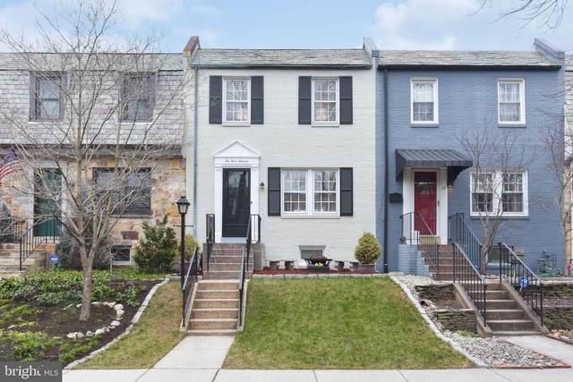 10 E Linden Street, ALEXANDRIA, VA 22301 (#VAAX2000062) :: Dart Homes