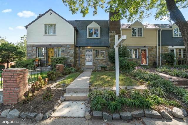 708 Chetworth Place, ALEXANDRIA, VA 22314 (#VAAX2000029) :: Compass