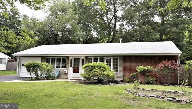 4 Hawthorne Road, KENDALL PARK, NJ 08824 (#NJMX2000018) :: Linda Dale Real Estate Experts