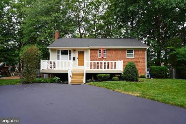 3256 Holly Hill Drive, FALLS CHURCH, VA 22042 (#VAFX2000722) :: Cortesi Homes