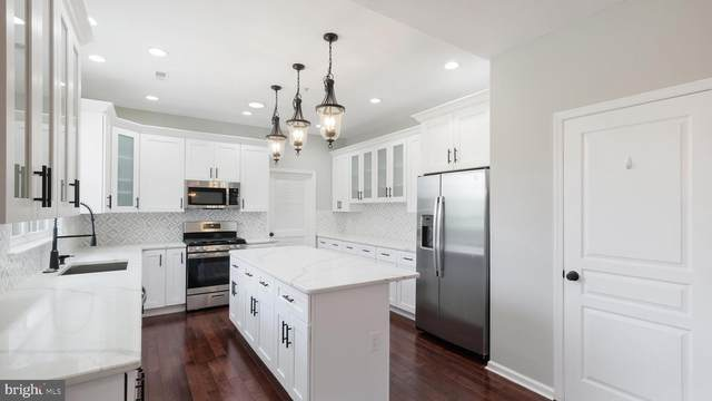 120 Coachlight Circle, CHALFONT, PA 18914 (MLS #PABU2000344) :: Kiliszek Real Estate Experts