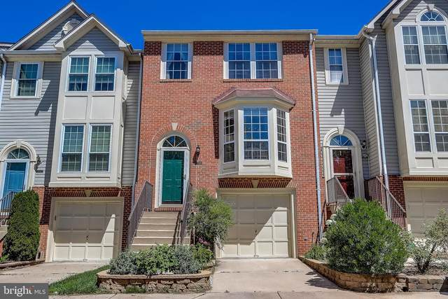 7733 Blueberry Hill Lane, ELLICOTT CITY, MD 21043 (#MDHW2000172) :: The Mike Coleman Team