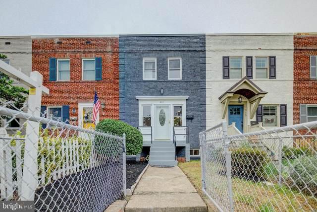 317 Mount Vernon Avenue, ALEXANDRIA, VA 22301 (#VAAX2000105) :: Betsher and Associates Realtors