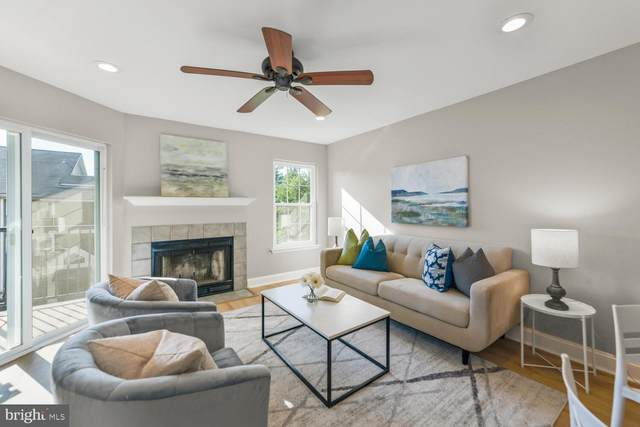 3313 Wyndham Circle #3208, ALEXANDRIA, VA 22302 (#VAAX2000192) :: The Matt Lenza Real Estate Team