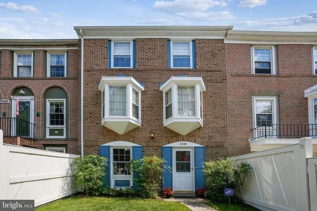 4439 Scarborough Square, ALEXANDRIA, VA 22309 (#VAFX2001110) :: Sunrise Home Sales Team of Mackintosh Inc Realtors