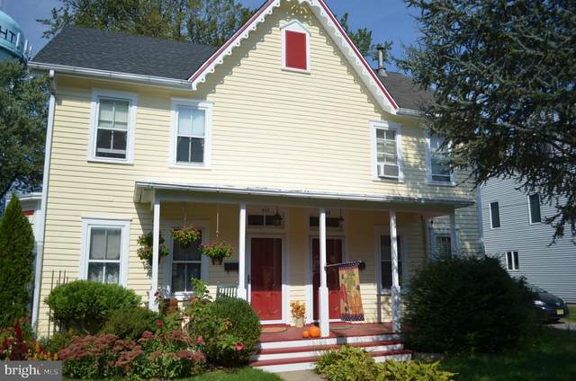 208 Morrison Avenue, HIGHTSTOWN, NJ 08520 (#NJME2000191) :: Rowack Real Estate Team