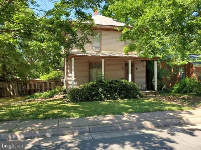 9604 Fairview Avenue, MANASSAS, VA 20110 (#VAMN2000042) :: A Magnolia Home Team