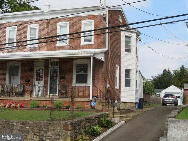 425 Myrtle Avenue, CHELTENHAM, PA 19012 (#PAMC2000415) :: ExecuHome Realty