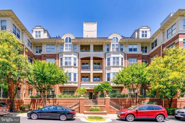 1860 Stratford Park Place #304, RESTON, VA 20190 (#VAFX2001372) :: A Magnolia Home Team
