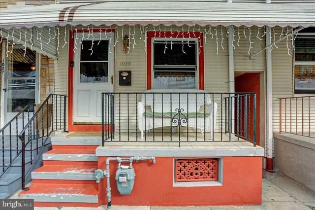 1025 Moss Street, READING, PA 19604 (MLS #PABK2000265) :: Kiliszek Real Estate Experts