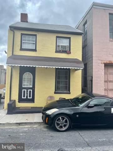 138 Carpenter Street, READING, PA 19602 (MLS #PABK2000279) :: Kiliszek Real Estate Experts