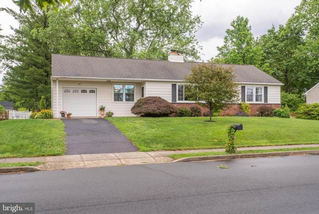 419 S 4TH Street, NORTH WALES, PA 19454 (#PAMC2000756) :: Linda Dale Real Estate Experts