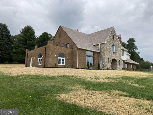 70 Vista Drive, RED LION, PA 17356 (#PAYK2000409) :: The Heather Neidlinger Team With Berkshire Hathaway HomeServices Homesale Realty