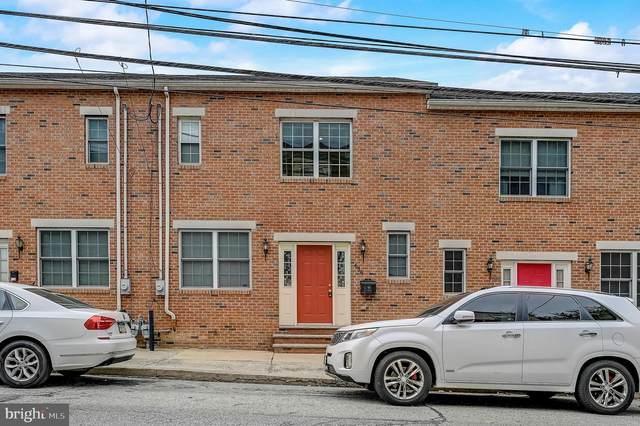 656 N 8TH Street, PHILADELPHIA, PA 19123 (MLS #PAPH2001919) :: Kiliszek Real Estate Experts