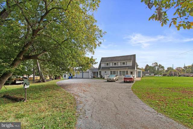 2001 Hilton Avenue, DOVER, PA 17315 (#PAYK2000477) :: The Heather Neidlinger Team With Berkshire Hathaway HomeServices Homesale Realty