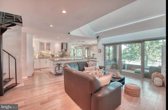 12 President Point Drive B3, ANNAPOLIS, MD 21403 (#MDAA2000800) :: The Licata Group / EXP Realty