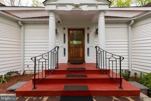 3163 Woodland Lane, ALEXANDRIA, VA 22309 (#VAFX2002012) :: Nesbitt Realty