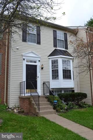 6232 Battalion Street, CENTREVILLE, VA 20121 (#VAFX2001663) :: The Putnam Group