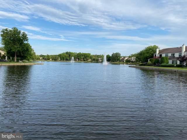 12 E Birchfield Drive, MOUNT LAUREL, NJ 08054 (#NJBL2000668) :: Linda Dale Real Estate Experts